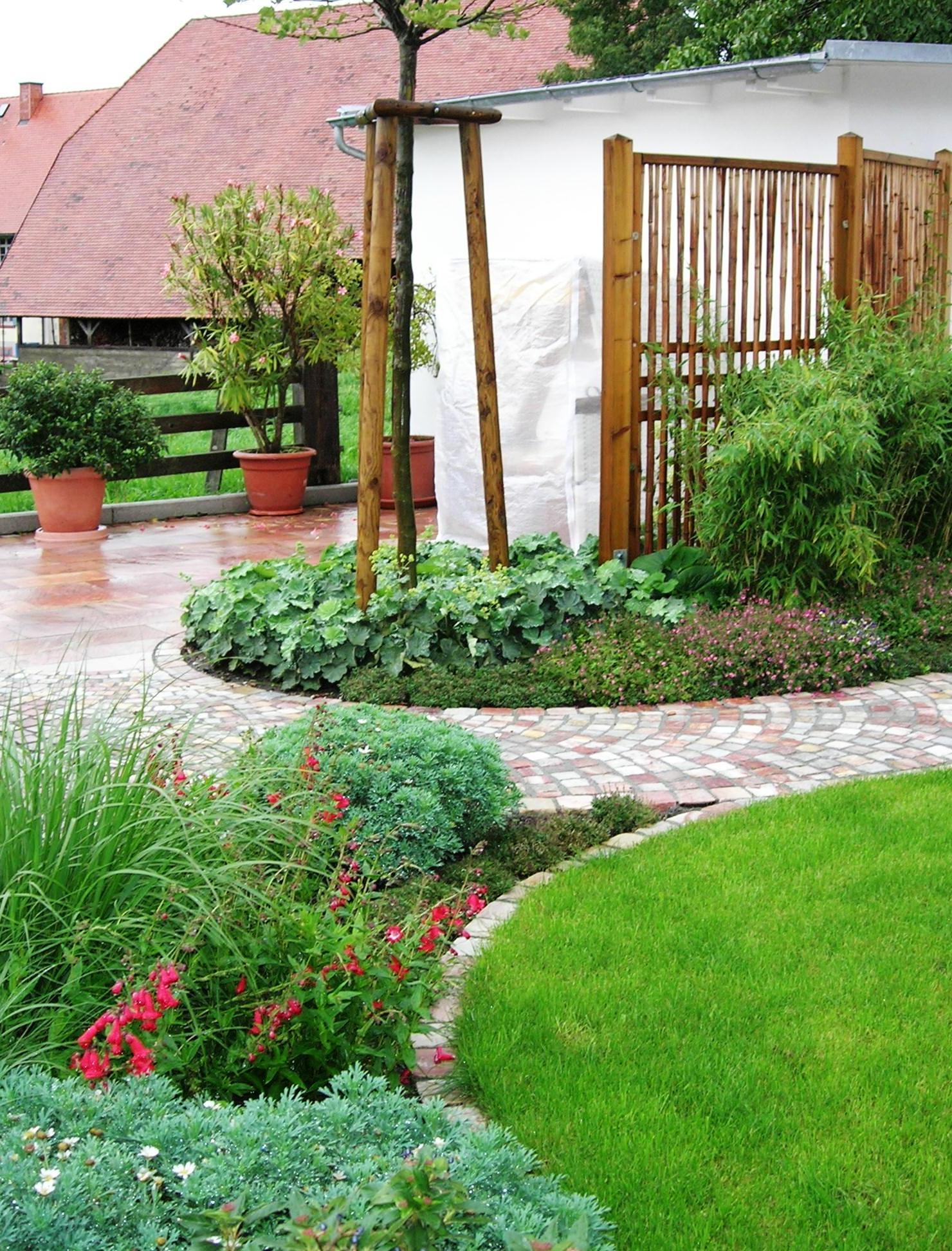 Bild-5-Landhaus-Garten-Form-Farbe Faszinierend solar Led Leuchten Für Den Garten Dekorationen