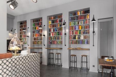 buchhandlung wird cocktailbar caparol farben lacke. Black Bedroom Furniture Sets. Home Design Ideas