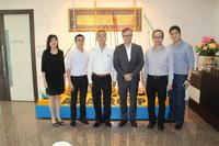 From left to right: Ms. Josephine Poh (Deputy Group General Manager of Asia Group), Mr. Jeffrey Poh (Business Development Manager of Asia Group), Mr. Steven Poh (Group Managing Director of of Asia Group), Mr. Johann Königshofer (Chairman of the Board SPV, General Manager Business Area Asia of PALFINGER), Mr. Li Fook Seng (Regional Business Development Manager of PALFINGER), and Mr. James Liu (Finance Manager of PALFINGER)