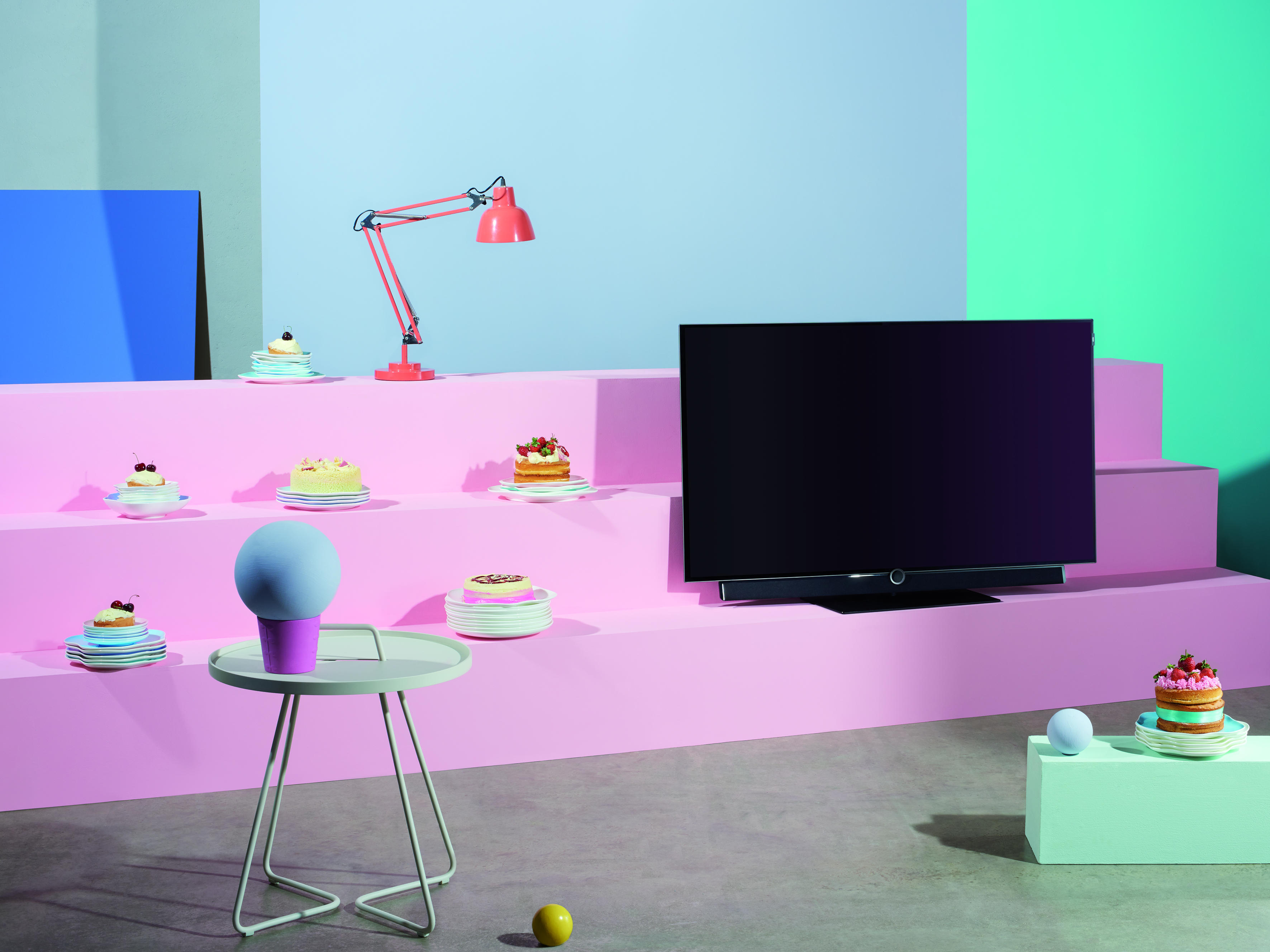 homeviewing made in germany loewe technologies gmbh pressemitteilung. Black Bedroom Furniture Sets. Home Design Ideas