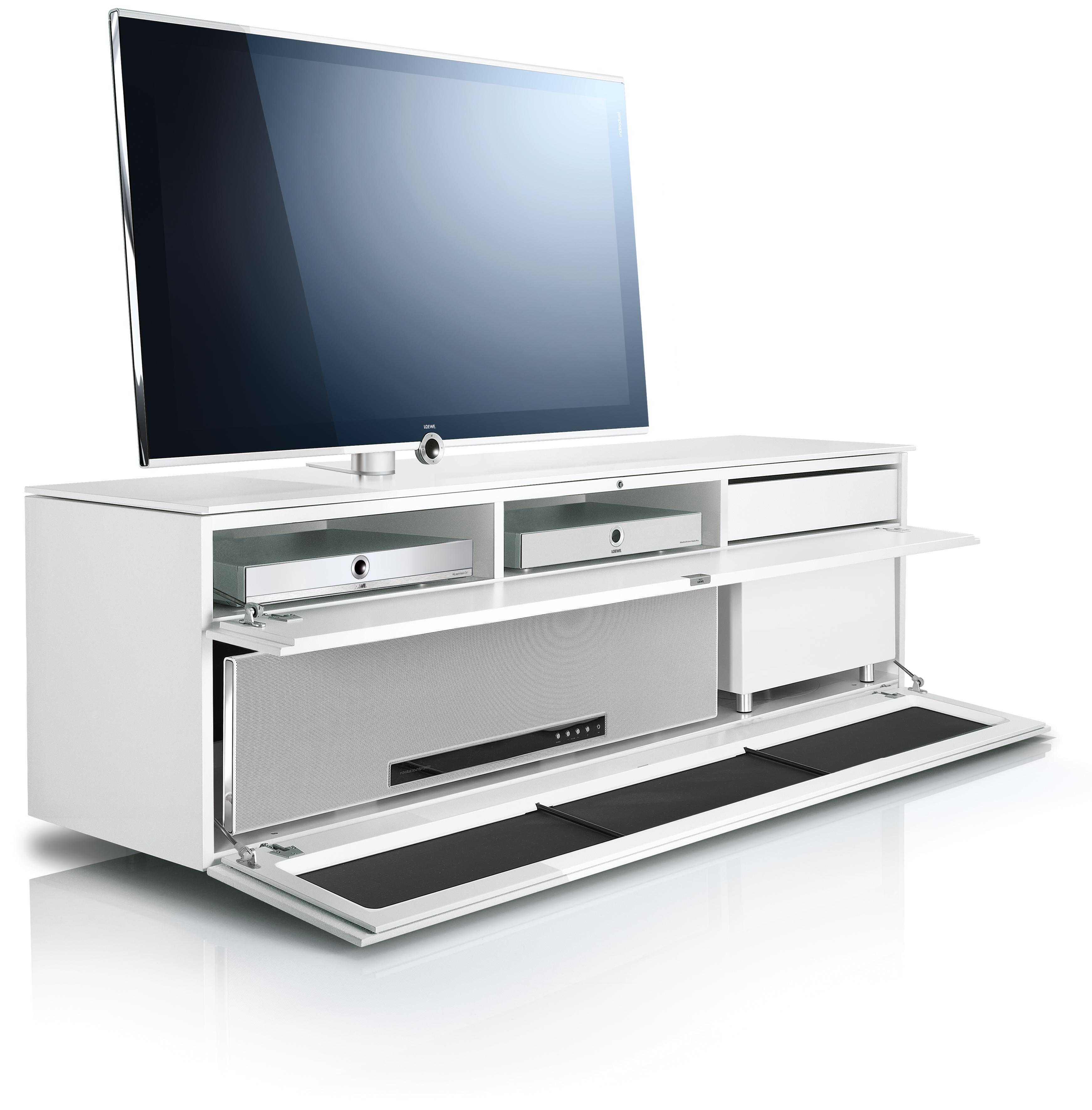 musterg ltig eingerichtet mit den individuellen aufstelll sungen von loewe loewe technologies. Black Bedroom Furniture Sets. Home Design Ideas