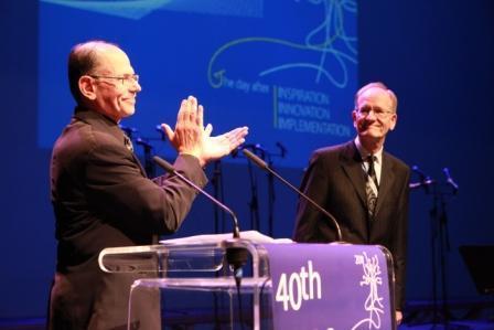 Prof. Dr. Dr. h.c. Sönke Albers (on the right) receives the award in Ljubljana, Slowenia