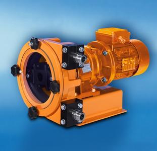 Die Schlauchpumpe DULCO®flex DFBa ist für kleine und mittlere Fördermengen bis zu 375 l/h bei 8 bar ausgelegt. Mit Rollen und gewebeverstärkten Schläuchen eignet sie sich für den harten Industrieeinsatz.