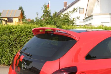 Corsa D Tuning & Styling mit neuem Dachflügel von JMS Racelook