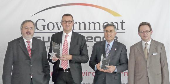 Award-Gewinner Ernst Bürger, Leiter des Referats eGovernment und Informationsgesellschaft im Bundesministerium des Inneren (2. v.li.)
