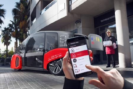 Die Besucher erleben, wie das Konzeptfahrzeug mit Hilfe der App von Huf gesucht und gebucht werden kann.