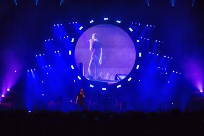 "Elation Rayzor Q7 LED Moving Heads Color Imagine Dragons ""Into the Night"" Tour"