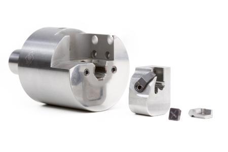 Um das Einstellen von Außenreibahlen mit kleinen Durchmessern zu erleichtern, ist das EA-System in eine ausbaubare Kassette integriert.