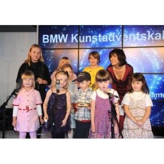 Öffnung des ersten Kalenderfensters des BMW Kunstadventskalender 2009