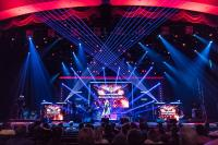 "Elation Lights Popular ""Raiding the Rock Vault"" and ""Raiding the Country Vault"" Shows"