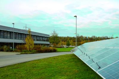 Neue Photovoltaik-Testanlage bei der KOSTAL Industrie Elektrik in Hagen
