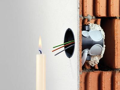 Bei der Gebäudedämmung auf die Elektroinstallation achten