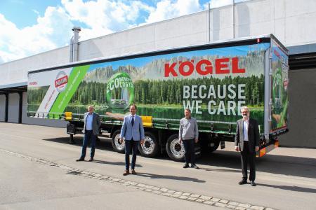 v.l.n.r.: Thomas Heckel - Geschäftsführer Kögel, Alexander Engelhard - CSU, Leo Berger - Kögel Betriebsratsvorsitzender, Paul Stempfle - Leiter Vorentwicklung & Supply Chain Management