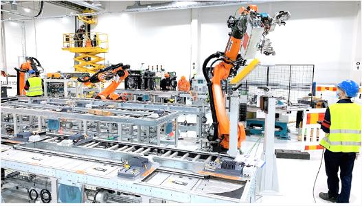 Construction work on Valmet Automotive's new battery plant in Uusikaupunki/Finland is right on schedule. Installations of the production lines have started at the plant