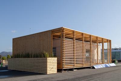as von der Czech Technical University entworfene AIR House ist besonders energieeffizient und bietet seinen Bewohnern größtmöglichen Komfort (Copyright by Jason Flakes U.S. Department of Energy Solar Decathlon)