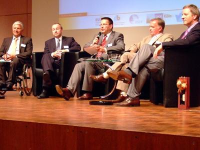 Podiumsdikussion mit Dr. Rolf Bender, Johannes Wieczorek, Werner Geilenkirchen, Heiner Rogge, Michael Garvens (von links nach rechts)