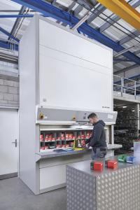 Der Hänel Rotomat® Lagerlift ist die zentrale Anlaufstelle für sämtliche Verbrauchsmaterialien.