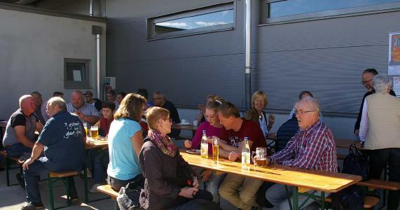 Tag der offenen Tür bei Miller in Leutkirch - gemütliches Zusammensitzen