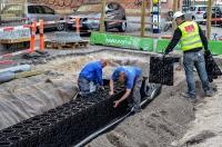Ein visionäres Projekt, die Klimaresilienz einer Metropole nachhaltig zu verbessern, ist die sogenannte Klimafliese. Diese wurde mit dem ACO-Blockrigolensystem Stormbrixx in Kopenhagen realisiert. Auch über dieses europäische Leuchtturmprojekt wird auf den diesjährigen Seminarveranstaltungen der ACO Regenwelten mehr zu erfahren sein / Foto: ACO