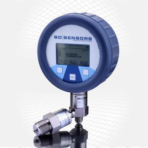 Der im Digitalmanometer integrierte Datenlogger kann linear oder zyklisch bis zu 600.000 Druck- und Temperaturwerte aufnehmen