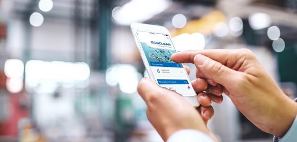 Il suffit de se connecter pour contacter directement le service SAV compétent, la nouvelle Appli SAV avec fonctions Chat, photo et vidéo, permet une prise de contact simple et rapide. Source: Ecoclean