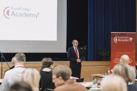 Referent der FotoFinder Academy Prof. Andreas Blum (Foto: © Fritz Bielmeier)