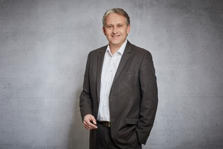 achelos managing director Thomas Freitag is keen to use the achelos team and agile processes to secure sustainable solutions in security-critical fields of application (Photo: achelos GmbH)