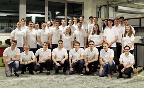 Das Studententeam CURE nimmt mit 55 Mitgliedern an dem internationalen Konstruktionswettbewerb Formula Student, in der Klasse Electric, teil