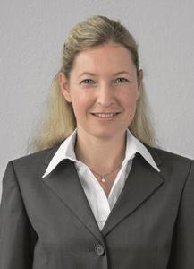 DR Nina Gaissert