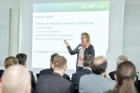 SeeOff-Projektkoordinatorin Prof. Dr. Silke Eckardt auf dem Workshop / Foto: Hochschule Bremen / Marcus Meyer Photography