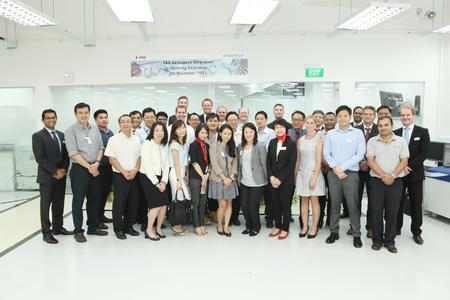 Mehr als 30 Kunden, Funktionäre, Lieferanten und Mitarbeiter von Schaeffler waren bei der Eröffnungsfeier dabei / Bild: Schaeffler & MTU Aero