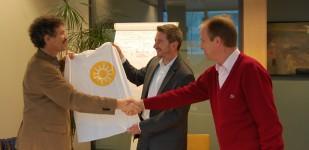 V.l.n.r. Christof Biba, Jean-Philipp Boucq und Frederic Herzog freuen sich auf sonnige Zeiten in Belgien (Quelle: wagner-solar.com)