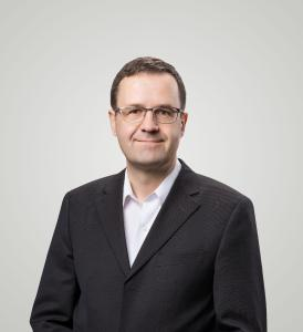 Dr. Reinhard Festag, CEO intelligent views gmbh