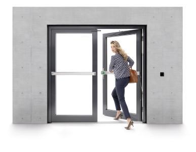 Zum Einsatz kommt die neue ePED Panik-Druckstange unter anderem in sicherheitssensiblen Bereichen wie Flughäfen oder in Gebäuden mit hohem Besucheraufkommen / Fotos: ASSA ABLOY Sicherheitstechnik GmbH