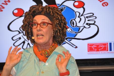 Froillein Schannette - 3. Platz - IFA-Künstlerpreis 2010