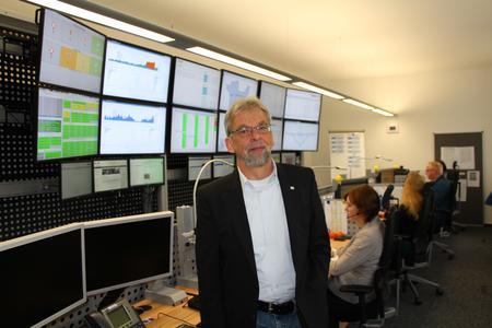 Für die Kunden da: Geschäftsbereichsleiter Ralf Maxim mit dem Team des Service Desk