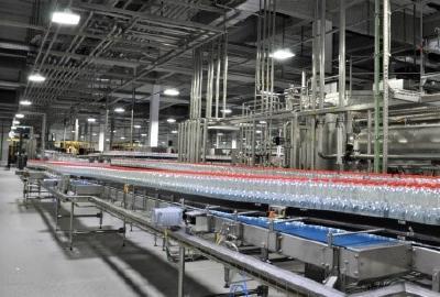 Hallenstrahler HPL mit über 120.000 Betriebsstunden sind extrem leistungsfähig, ideal für den 2-3 Schichtbetrieb