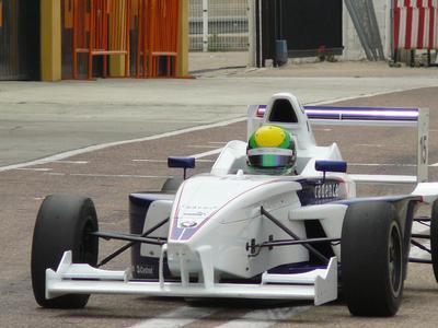 Die Nachwuchsfahrerin Jackie Weiss - eine der Teilnehmer im Formula BMW Talent Cup 2008