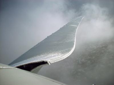 TÜV SÜD präzisiert Berechnungsmethode für Eiswurf und Eisfall