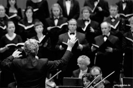 """EuropaChorAkademie: """"Ein deutsches Requiem"""" von Johannes Brahms"""