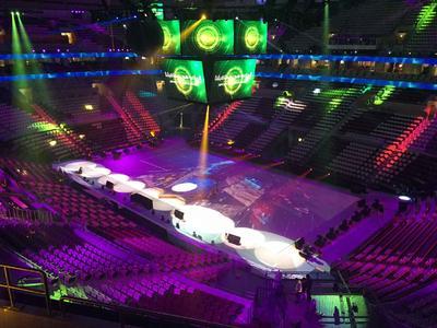 Kurz vor dem Start der Handball-WM wurde die Sporthalle Lusail fertiggestellt – Logwin lieferte die Sitze. © Consolidated Contractor Group
