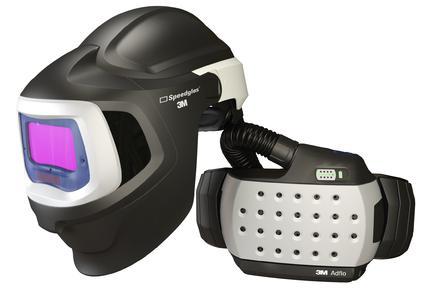 Die 3M Speedglas 9100 MP Automatikschweißmaske ist kompatibel mit dem 3M Adflo Gebläse-Atemschutzsystem. Komfortabel und einfach in der Anwendung – der neue 3M Speedglas Multi-Protection Schweißerschutz. Foto: 3M