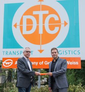 Generationswechsel bei der DTC: Tino Knoll (l.) löst Wolfgang Grimm als Vertriebsleiter ab. (Foto: DTC)
