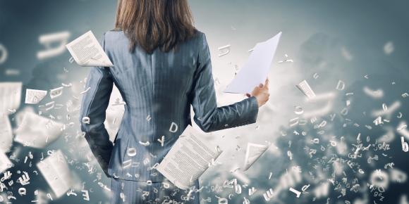 Immer komplexer werden die Zulassungs- und Melde-Prozeduren für BHKW-Anlagenbetreiber und KWK-Anlagenbetreiberinnen (AdobeStock - Sergey Nivens)
