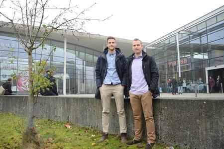 Ein Jahr Finnland: Jochen Homann (links) und Sven Ole Möller haben einen Doppel-Abschluss. Foto: Gatermann