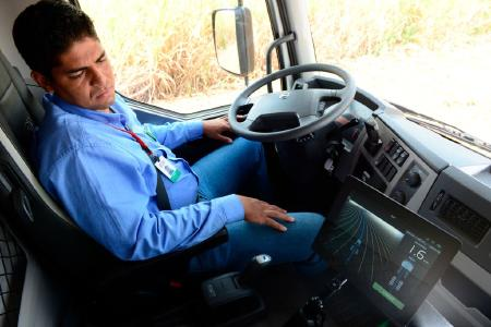 Volvo VM self-steering truck  © Volvo Truck Corporation. All rights reserved