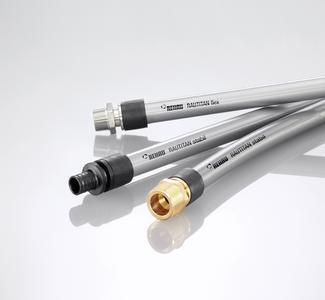 Die formstabilen oder flexiblen Universalrohre RAUTITAN aus PE-Xa bilden zusammen mit der Verbindungstechnik Schiebehülse aus polymeren sowie metallenen Werkstoffen ein zukunftsweisendes Installationssystem