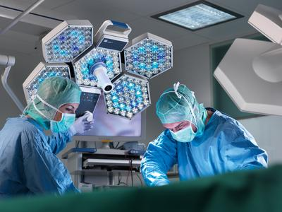 Featuring sharp contrasts and adjustable color temperature, iLED supports surgeons in their work in ever growing numbers of hospitals, all around the globe