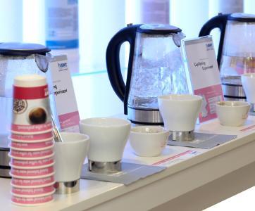 Beim Cup-Tasting-Experiment kommen verschiedene Wasserqualitäten zum Einsatz.  /Foto: BWT water+more