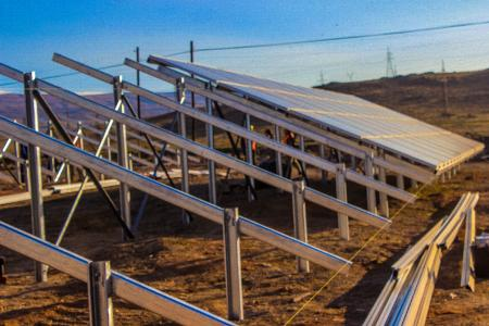 Talin-1: 3,700 polycrystalline photovoltaic panels will be installed in this PV project. Arpi Solar designed and implemented the construction in cooperation with its leading international partners, such as Jinko Solar, Staubli, Enerparc, Sungrow